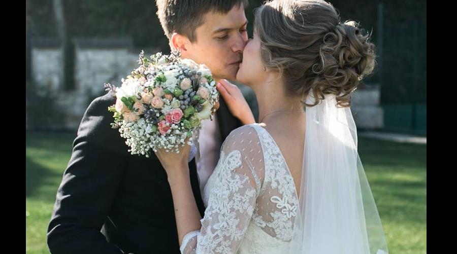 caut o femeie divortata zlatna Site uri gratuite de dating cre tine